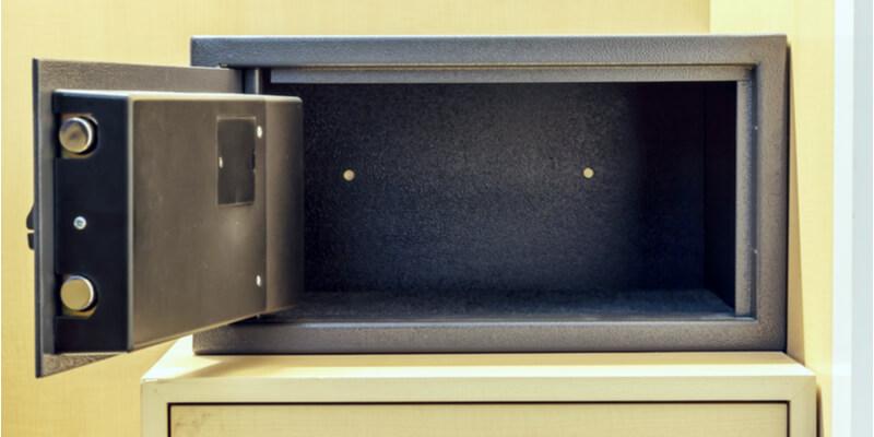 open master lock key safe - Safes NYC